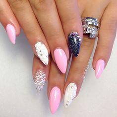 white, pink and black nail art | @riyathai87