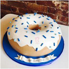 Giant Doughnut Cake / donut