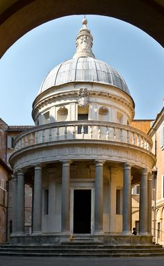 The Tempietto c. 1502, Architect Donato Bramante, San Pietro in Montorio, Rome, Italy  http://confinedlight.ca/
