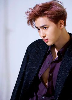 Junmyeon what the fuck are u doing ! Button up that shirt u hoe .
