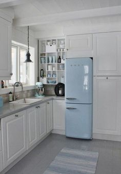 these surround style cabinets but with double smeg refrigerators.these surround style cabinets but with double smeg refrigerators. Swedish Kitchen, Small Cottage Kitchen, Small Space Kitchen, Kitchen White, Small Spaces, Small Dining, Smeg Kitchen, Smeg Fridge, Vintage Kitchen