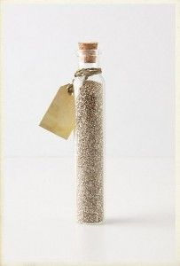Gotta sneak a little glitter into my centerpieces... that or some sequins.