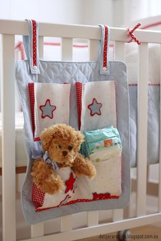 Cute idea to make diy holder Sewing For Kids, Baby Sewing, Diy For Kids, Baby Crib Sets, Baby Boy Cribs, Nursery Bedding, Nursery Decor, Baby Motiv, Nursery Furniture Collections