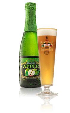Lindemans Apple / Fruitig bier met een levendige en sterke aanzet die overgaat in een ciderachtige smaak met een evenwicht tussen het zoete van rode appels, het frisse van groene appels en het zacht zurig karakter van lambiek