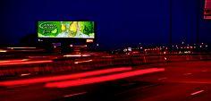 Digital Network / Réseau Digital - Bud Light Lime #DigitalAdvertising #OutdoorAdvertising #AffichageExterieur #AstralOutOfHome #AstralAffichage #Publicite #Ads #Billboard #PanneauAffichage