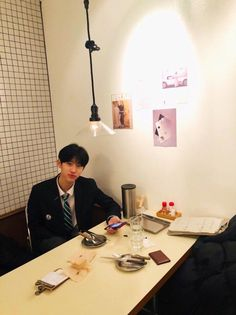 "sha on Twitter: ""… "" Boyfriend Photos, Woollim Entertainment, Boy Photos, K Idol, Produce 101, Boyfriend Material, Kpop, Mood Boards, Ulzzang"