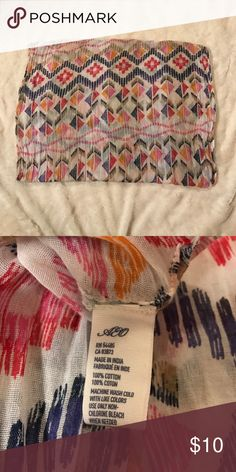 American Eagle Infinity Scarf This is such a cute AE infinity scarf with a tribal print. One size. It's super lightweight so you can wear it even in the Summer. 100% Cotton. American Eagle Outfitters Accessories Scarves & Wraps