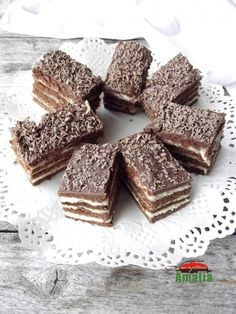 Sweets Recipes, Cake Recipes, Yami Yami, Romanian Desserts, Cake Servings, Food Cakes, Sweet Cakes, Caramel, Food And Drink