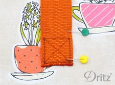 Sewing Tutorial: Make a Roll-Top Lunch Bag with Dritz Belting & Rivets Lunch Bag Tutorials, Sewing Tutorials, Sewing Projects, Ways To Lace Shoes, Back To School Bags, Back Pieces, Kids Bags, Brown Bags, Lining Fabric