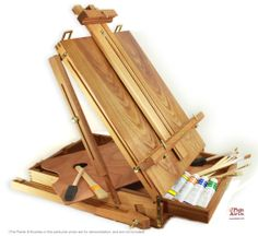 Artist Easels, Oil Paints & Brushes