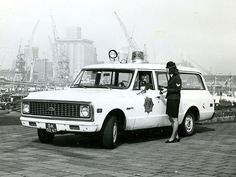 Chevrolet C10 Gemeente Politie Rotterdam 4x4, Police Cars, Police Vehicles, Chevrolet Suburban, Chevy C10, Rotterdam, Emergency Vehicles, Trucks, Ambulance