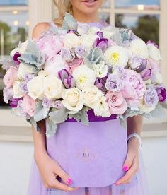 This bouquet surely builds a feminine, sweet and whimsical nuanc… Flowers galore! This bouquet surely builds a feminine, sweet and whimsical nuance 💕 Double tap. Luxury Flowers, Exotic Flowers, Beautiful Flowers, Beautiful Flower Arrangements, Floral Arrangements, Peony Arrangement, Flower Box Gift, Diy Flower Boxes, Valentines Flowers
