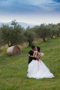 He and She... Info@ferraliweddingplanner.com