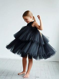 Black Girl Fashion Discover Minimalist dress for girls with two tiers of tulle in three colors Baby Girl Dress Patterns, Little Girl Dresses, Baby Dress, Girls Dresses, Black Girl Fashion, Little Girl Fashion, Kids Fashion, Toddler Fashion, Black Tulle Dress
