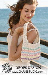 """Crochet DROPS bag in """"Paris"""". ~ DROPS Design"""
