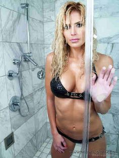 Broiled Sports: Today's BIG Picture - Torrie Wilson in the Shower