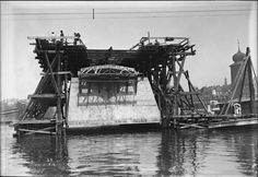 Stavba Jiraskova mostu zacatwk Kvetna 1929