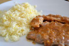 Petiscana: Bifanas com molho de mostarda e arroz de limão