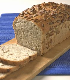 A Table, Food And Drink, Pizza, Baking, Kefir, Recipes, Breads, Bread Making, Patisserie