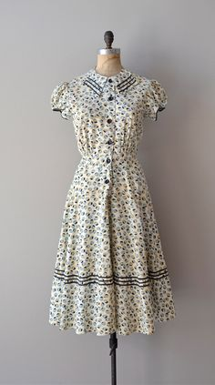 1930s dress / vintage 30s dress / Unicode dress. $178.00, via Etsy.