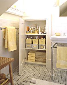 bathroom-cabinet-organized.jpg (402×512)