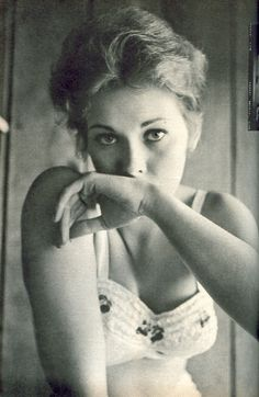 Kim Novak, 1955 thrilled me with her performance in Alfred Hitchcock's film Vertigo, what a stunning actress.