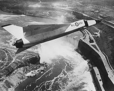 Niagara Falls, ON The Canadian-built Arrow over Niagara Falls Source National Archives of Canada / Military Jets, Military Aircraft, Fighter Aircraft, Fighter Jets, Avro Arrow, All About Canada, Capital Of Canada, Canadian History, Canada Day