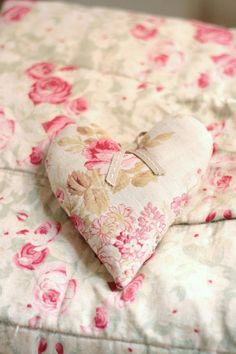 ♡ Home Pink Home ♡ pink rose bed linens