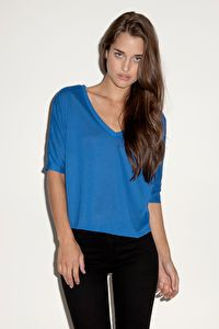 Flowy V-Neck crop tee T-shirt léger