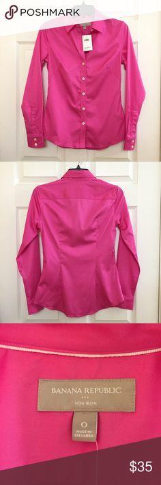 NEW • Banana Republic • Pink Sateen Fitted Shirt Womens Non-Iron Fitted Shirt Banana Republic Tops Button Down Shirts