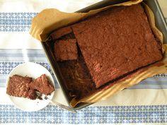 Už pár dní som mala neprekonateľnú chuť na absolútne čokoládový koláč. Taký, pri ktorom celá kuchyňa vonia čokoládovo, taký, ktorý mám c...