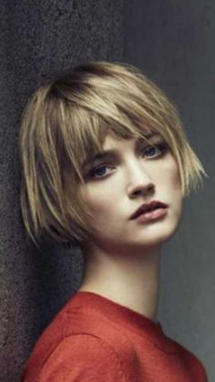 Best short choppy hairstyles you should Beste kurze abgehackte Frisuren, die Sie versuchen sollten choppy hair - Short Bobs With Bangs, Bobs For Thin Hair, Bob Haircut With Bangs, Short Bob Haircuts, Short Hair Cuts, Long Bangs, Short Bob With Fringe, Short Bob Bangs, Short Bob Thin Hair