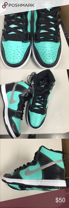 Brand new Nike sneakers Brand new Nike sneakers / kids size 5 /2 Nike Shoes Sneakers
