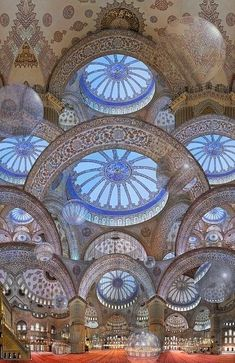 The stunning Sultan Ahmed Mosque, popularly known as the Sultan Ahmed Mosque is situated in Istanbul, Turkey. It is a popular attraction among tourists and is featured in many of our Istanbul tours. Art Et Architecture, Islamic Architecture, Beautiful Architecture, Beautiful Buildings, Architecture Details, Places Around The World, Around The Worlds, Beautiful World, Beautiful Places