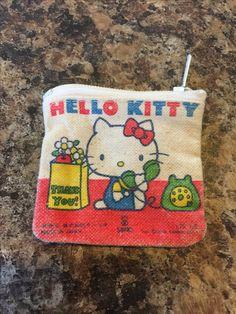 Hello kitty vintage 1976 mini coin purse Pink Hello Kitty, Hello Kitty Items, Retro Toys, Vintage Toys, Tokyo Streets, Hello Kitty Collection, Toys Shop, The Good Old Days, Mario Bros