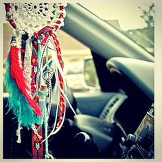 Mini scented car dreamcatcher Indian style by TheLittleBigShop ~ LOVE my dreamcatcher in the jeep. Car Accessories For Girls, Jeep Accessories, Jeep Wrangler, Jeep Jeep, Chevrolet Silverado, My Dream Car, Dream Cars, Dreams Catcher, Hippie Car