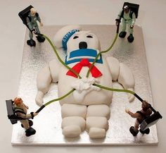 Kayla is MAJORLY into Ghostbusters right now. This would be awesome for our next halloween party. A ghostbusters theme. Crazy Cakes, Fancy Cakes, Cute Cakes, Pink Cakes, Ghostbusters Cake, Ghostbusters Birthday Party, Cakes For Men, Cakes And More, Beautiful Cakes