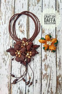 Collars, Decoupage, Brooch, Necklaces, Wreaths, Fall, Crafts, Inspiration, Home Decor