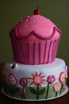 Pinkalicious Cake by bakers-cakes, via Flickr