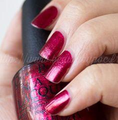 OPI : Red Fingers & Mistletoes - Gwen Stefani / Noël 2014