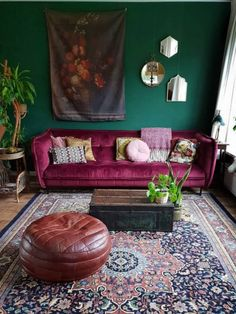 Here's The Best Green Living Room Ideas is part of Moroccan decor living room Green living rooms have so many variants to express their color talent A sunny clearing at the - Moroccan Decor Living Room, Living Room Green, Home And Living, Living Room Decor, Bedroom Decor, Bedroom Wall, Dining Room, Interior Design Living Room, Living Room Designs