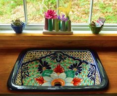 Mexican ceramic sink in Romantic tiny forest home built in 6 weeks for $4,000 : TreeHugger