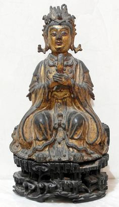 Xi Wang Mu The taoïst Mother Queen holding the bar Ming Dynasty XV-XVIth century