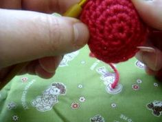 Amigurumi Lesson :: Which is the Right Side?