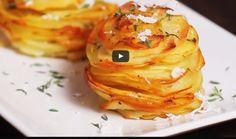 Zemiakové vežičky so syrom z jedného plechu: Ideálne jedlo pre celú rodinu, keď sa vám nechce variť   Báječné recepty