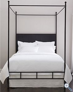 simple metal canopy bed