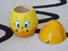 ABruxinhaCoisasGirasdaCarmita: Caixa ovo