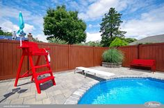 Looking for the best pool fence? Illusions Vinyl Fence of course. This great fence idea is the Grand Illusions Vinyl WoodBond Rosewood Privacy Fence.