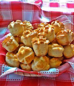 Nálunk ez lett a kedvenc Serbian Recipes, Hungarian Recipes, Hungarian Cake, Croissant Bread, Drink Recipe Book, Savory Pastry, Romanian Food, Winter Food, Healthy Nutrition