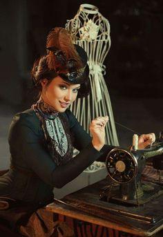 Stylish stylist! <3 <3 <3 Model: Maria Berseneva Photographer: Shibina Nadegda